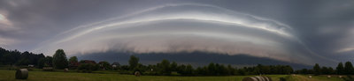 Shelf Cloud 1.jpg